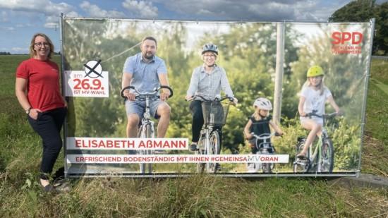 Elisabeth am Banner Radtour